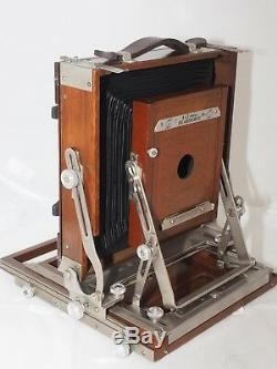 Classic 4x5 Deardorff Special view camera. Graflok 4x5 back. Withfilm holders