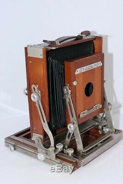 Classic 4x5 Deardorff Special view camera. Graflok 4x5 back with film holders